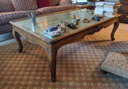 GRANDE TABLE BASSE rectangulaire en noyer...