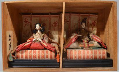 JAPON - Epoque MEIJI (1868 - 1912) Deux POUPEES...