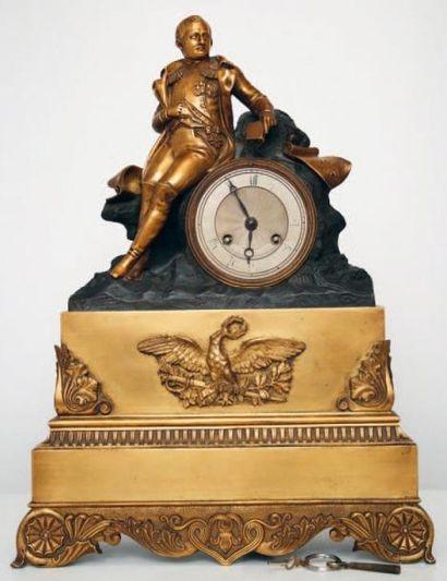 Pendule en bronze doré: Napoléon assis à...