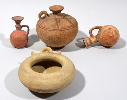 Meeting of three vases and a terracotta bowl...