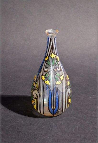 RUSSIA - Enamelled glass soliflore vase decorated...