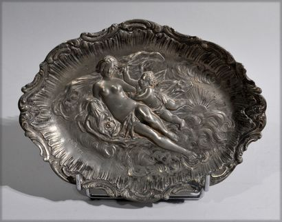 Charles PERRON (1880-1969)  Pewter dish decorated...