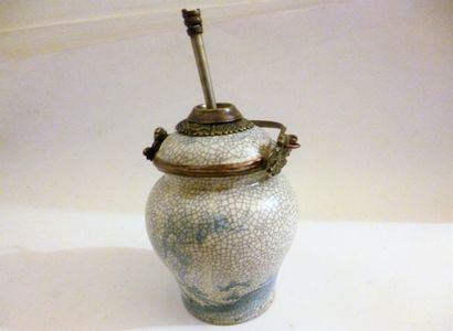 Pipe à eau en porcelaine craquelée blanc...