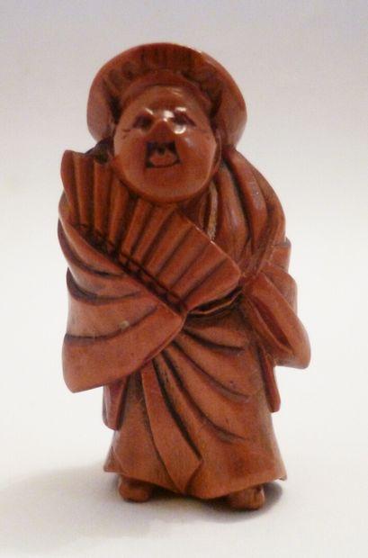 Netsuke en buis bien sculpté d'un danseur...