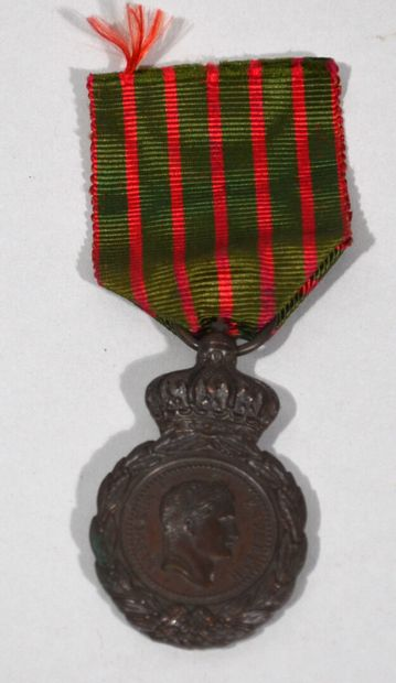 St. Helena Medal in bronze with a chocolate...