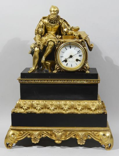Clock in bronze with a gilded patina and...