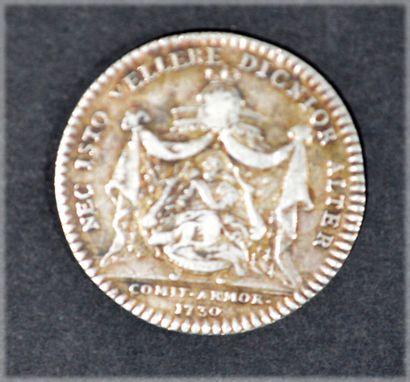 JETON en argent gravé par Du Vivier, représentant...