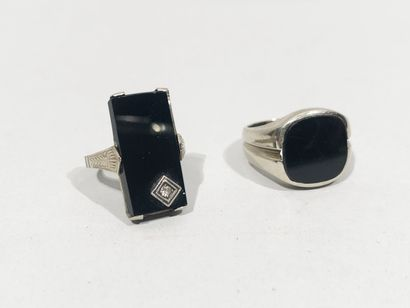 Set of two silver and onyx rings - Total...