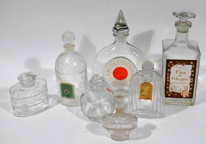 Meeting of 7 perfume bottles including a...