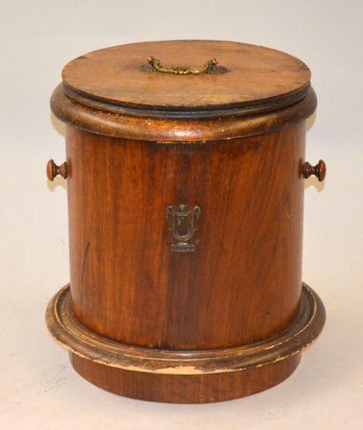 TABOURET D'AISANCE cylindrique en bois, à...