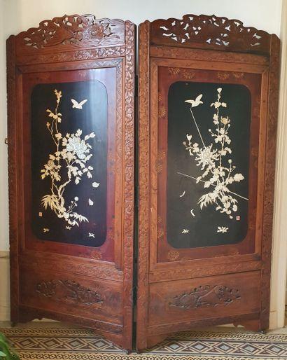 PARAVENT à deux feuilles en bois exotique...