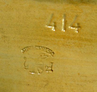 """PIERREFONDS  """"Chat""""  Grès vernissé bleu vert  Marqué et signé sous la base  Haut...."""