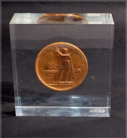 Médaille du Baptême du Roi de Rome par ANDRIEU et DENON  En bronze à patine dorée...