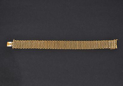 Bracelet en or jaune 18 K (750/00) à mailles...