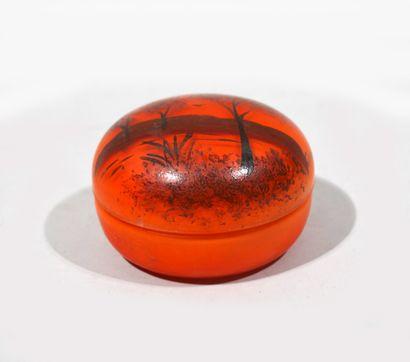 BONBONNIÈRE en pate de verre orange à décor...
