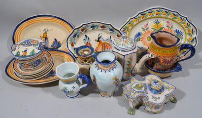HENRIOT QUIMPER et divers  Lot de céramiques...