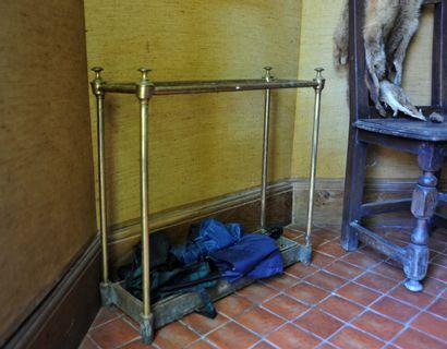 Jardinière porte-parapluies en laiton  Haut....