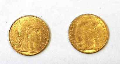 Reunion de deux pièces en or de 10 francs...