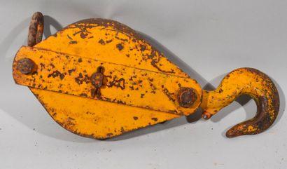 CROCHET POULIE en acier laqué jaune industriel...