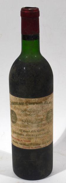 1 bouteille de CHATEAU CHEVAL BLANC Saint...