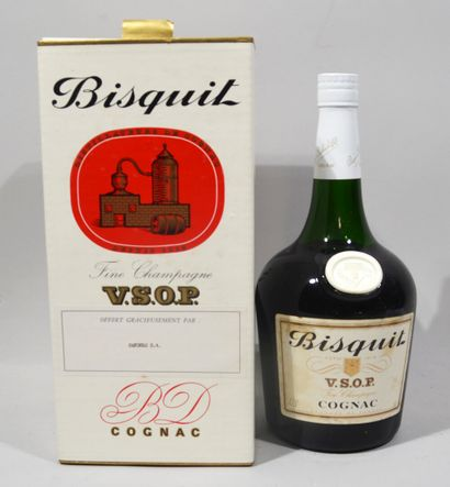 1 bouteille de COGNAC Bisquit Fine Champagne VSOP (dans son emboitage d'origine...
