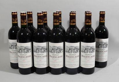 12 bouteilles de CHATEAU MALESCASSE Haut-Médoc...