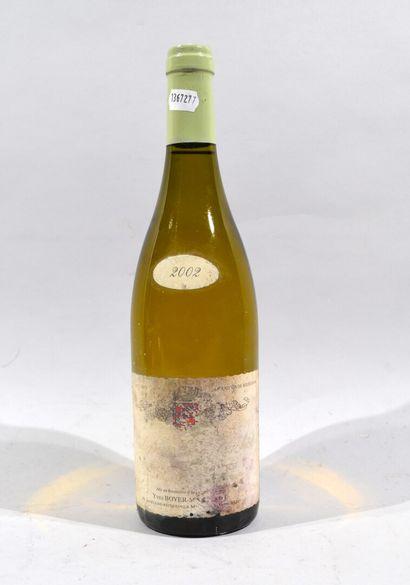 Une bouteille de Puligny-Montrachet, domaine...