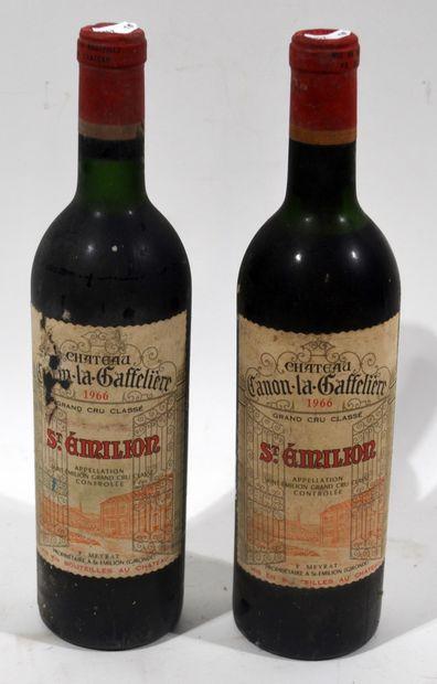 2 bouteilles de CHATEAU CANON-LA-GAFFELIERE...