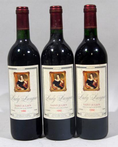 Trois bouteilles de LADY LANGOA Saint Julien...