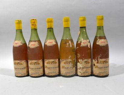 Six bouteilles de MEURSAULT Domaine Coppenet-Viard 1967  (niveaux bas, bouteilles...