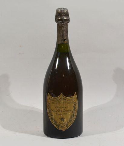 1 bouteille de champagne cuvée Dom Pérignon...