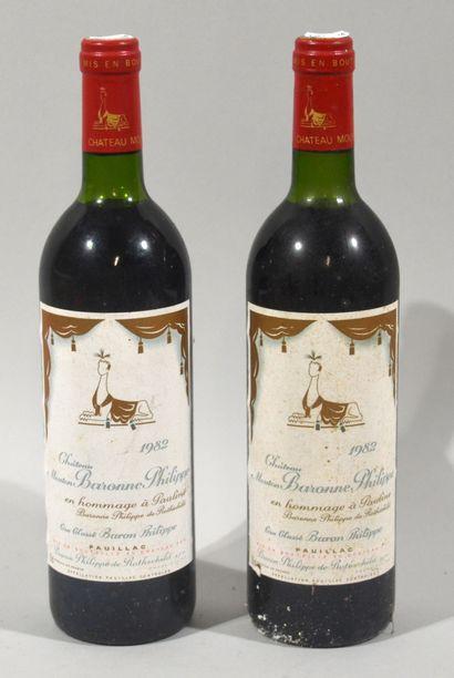 2 bouteilles de CHATEAU MOUTON BARONNE PHILIPPE...