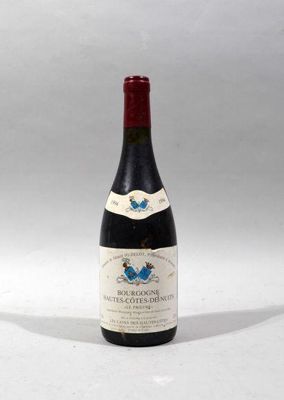 Deux bouteilles de BOURGOGNE HAUTES-COTES-DE-BEAUNE...