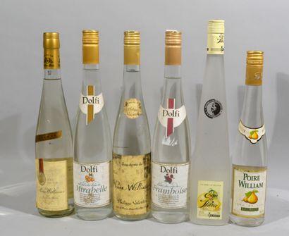 Lot d'alcool blanc notamment eau de vie de...