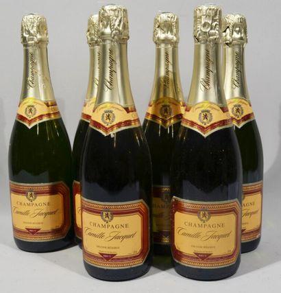 6 bouteilles de CHAMPAGNE CAMILLE JACQUET Grande réserve Brut