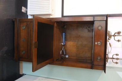 Secrétaire de dame en chiffonnier de style Louis XVI transformé en meuble-TV ouvrant...