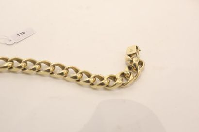 Bracelet à grosses mailles en or jaune 18 carats, poinçons, l. 21,5 cm, 61 g env....
