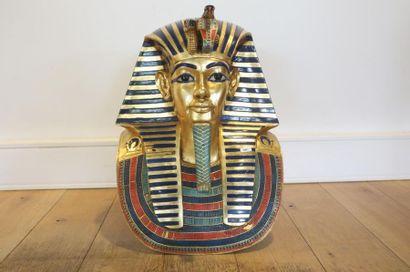 Réplique du masque funéraire de Toutânkhamon,...