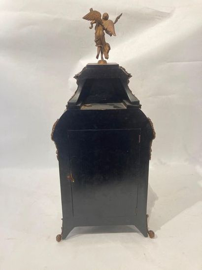 Cartel de style Régence sommé d'une Renommée, XIXe, bois, marqueterie Boulle et...