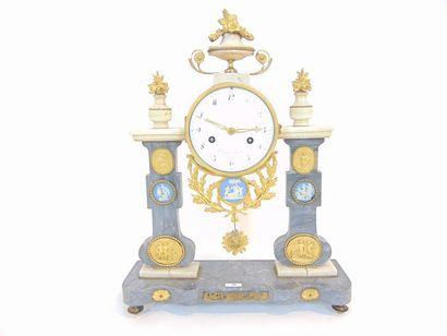 Pendule-portique d'époque Louis XVI, fin...