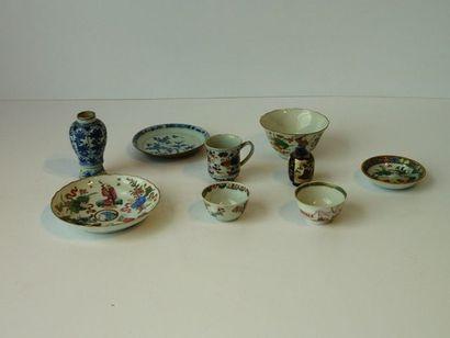 Varia de porcelaines extrême-orientales,...