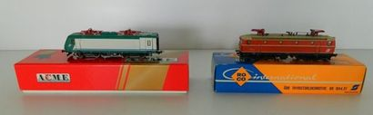 Lot de 2 motrices électriques : ROCO 04197S,...