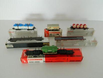 FLEISCHMANN, 5 wagons de marchandises [en...