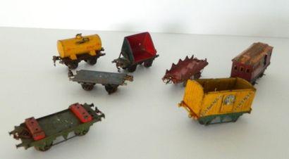 Lot de 7 wagons et voitures, écart O : 3...