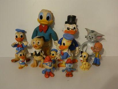 Ensemble de 12 figurines (Donald Duck, Balthazar...