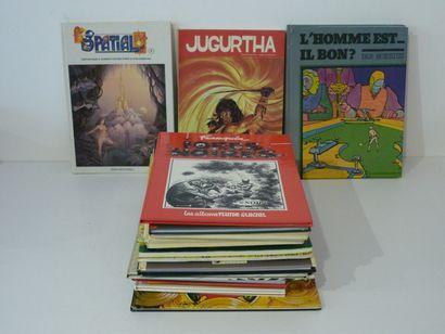 Ensemble de 24 albums : 6 Spatial, n° 3 à...