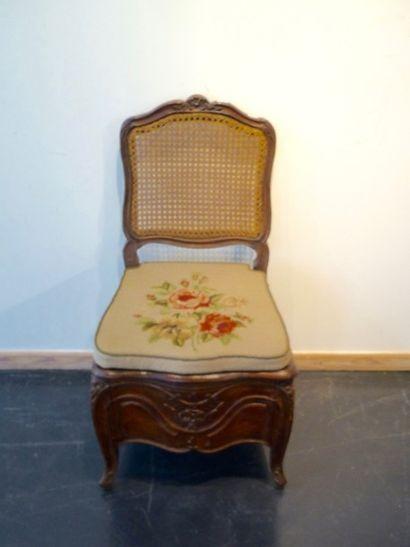 Chaise d'aisance d'époque Louis XV à dos...
