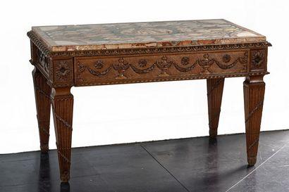 Table-console de style Louis XVI ouvrant...
