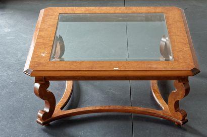 Grande table basse carrée à pans coupés,...