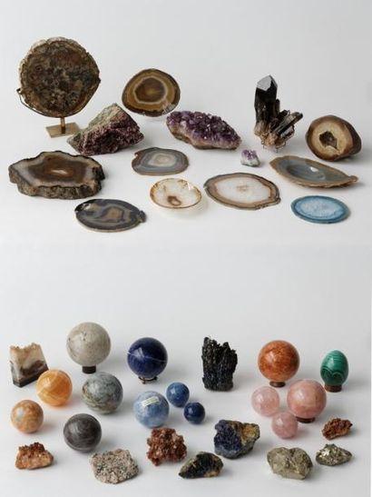 Collection de pierres semi-précieuses : quatorze...